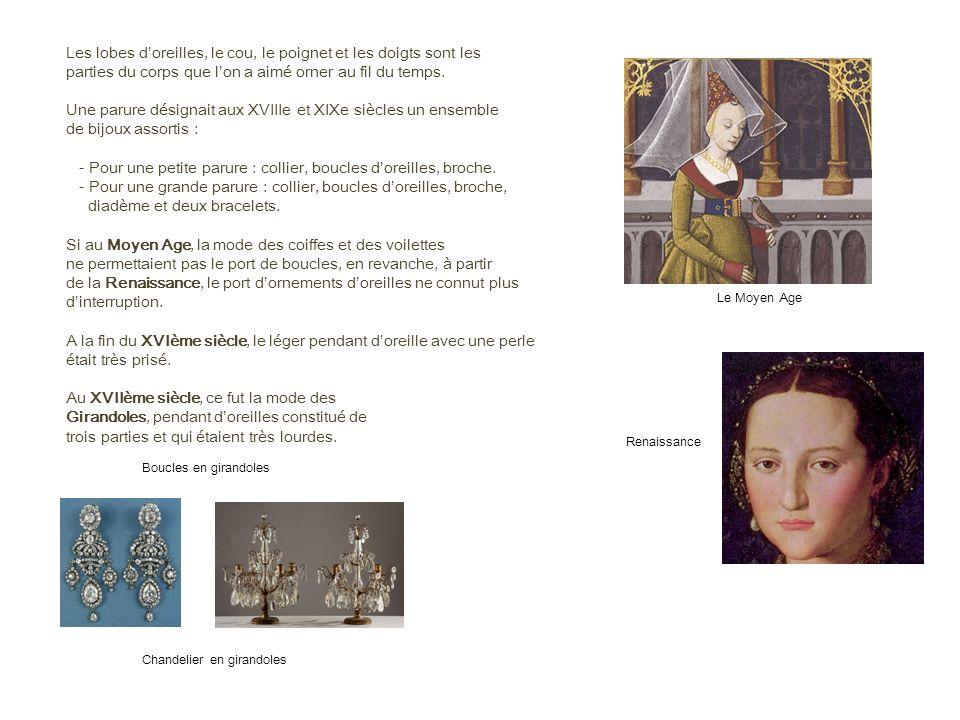A cause dun poids important de ces pendants, un ingénieux système fut mis au point probablement vers le 18 ème siècle.