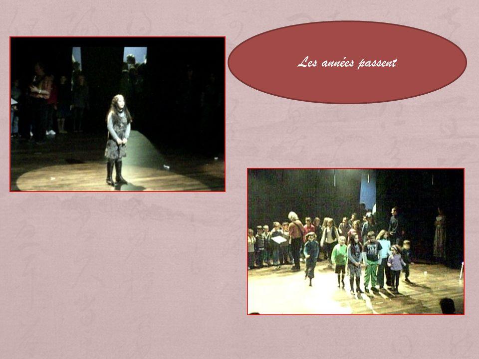 Esprit de Quartier Tableau 2 Transition 2 Les années passent Scène 1 Lécole dantan/ vie de quartier Scène2 Le bal Scène 3 Premiers émois