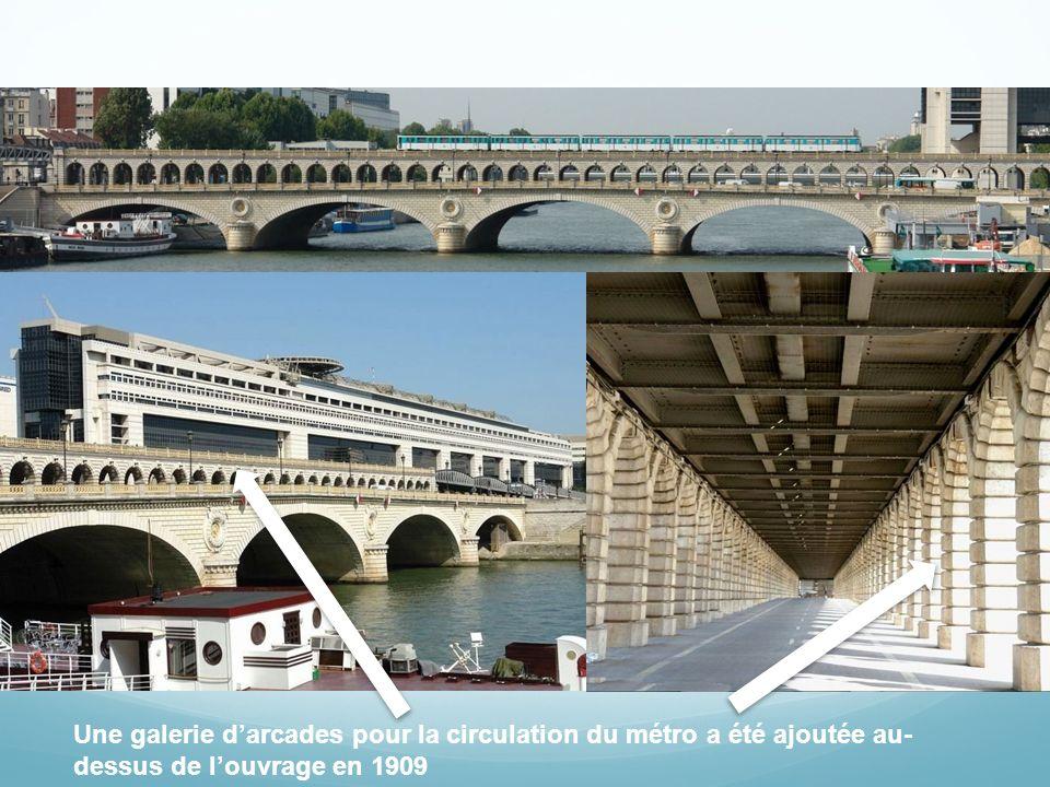 Modification du pont La largeur de louvrage a été doublée entre 1989 et 1992 pour accroître sa capacité de circulation, en raison de la construction du palais Omnisports de Bercy quil dessert