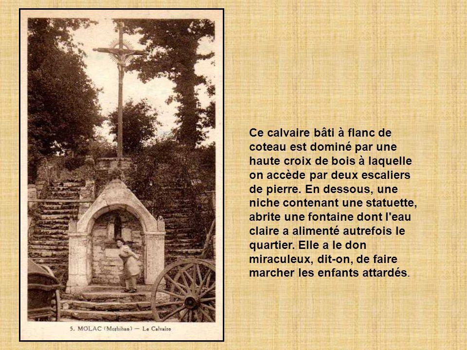 Les habitants attribuent la fin de l'épidémie de la peste à leurs prières. En remerciement, ils construisent une chapelle et la fontaine, dédiée à sai