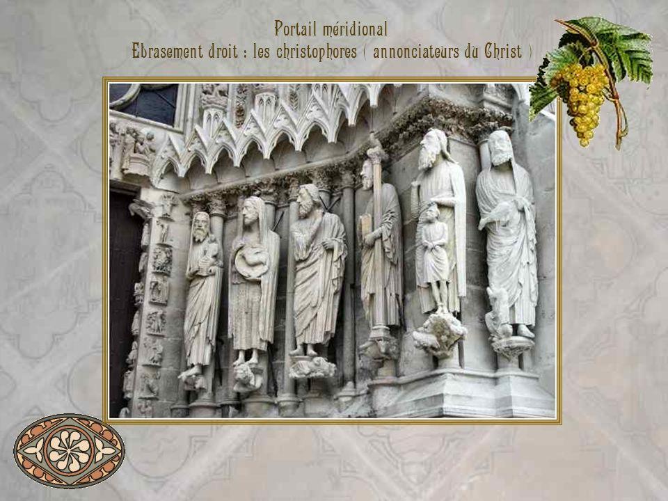 Portail méridional Ebrasement droit : les christophores ( annonciateurs du Christ )