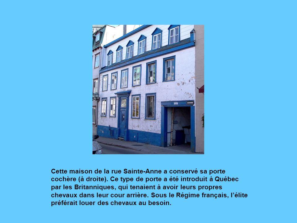 Construite en 1779-1780 pour Antoine Vanfelson, cette maison de la rue des Jardins est un bel exemple de la poursuite du style «Nouvelle-France» sous le Régime anglais.