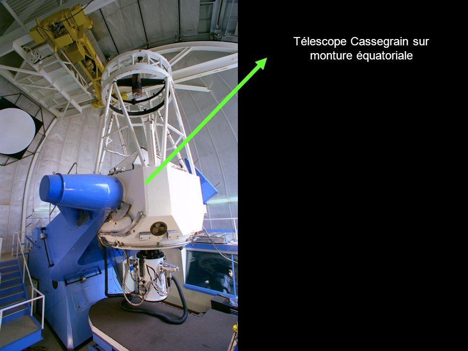 Télescope Cassegrain sur monture équatoriale