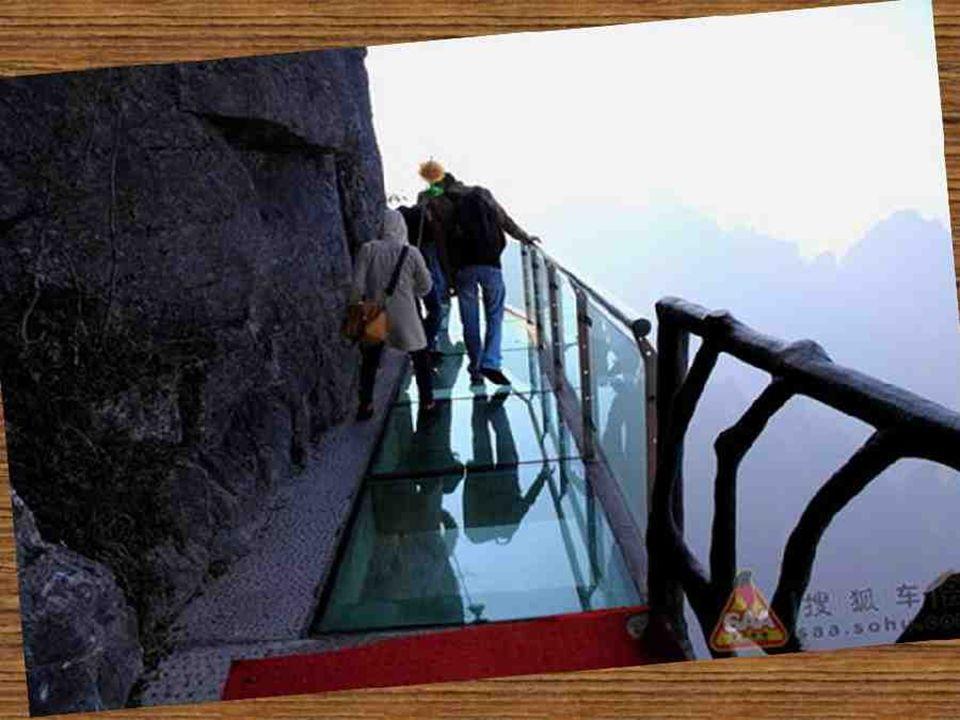 Longueur totale 60m Altitude du point le plus haut 1430 mètres