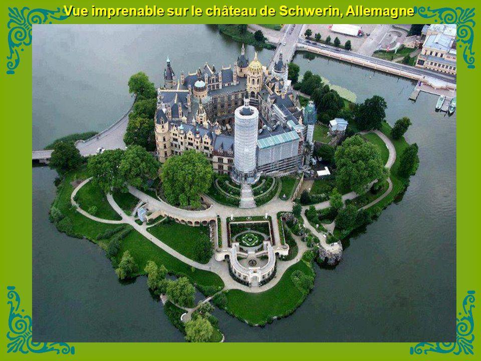 Vue imprenable sur le château de Schwerin, Allemagne