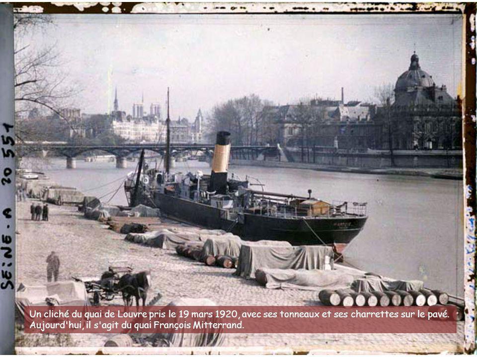 Jour de fête à l'Hôtel de ville de Paris avec la réception des maréchaux de France pour les fêtes de la Victoire (13 et 14 juillet 1919).