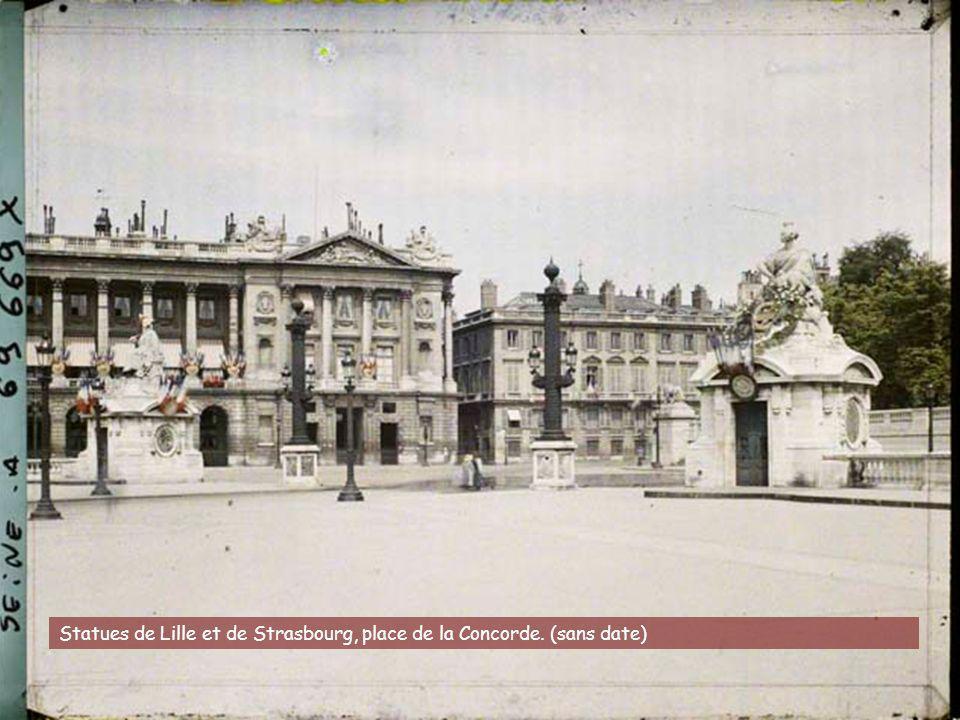 La rue d'Aboukir, vue depuis la place du Caire. juin-juillet 1914. Stéphane Passet