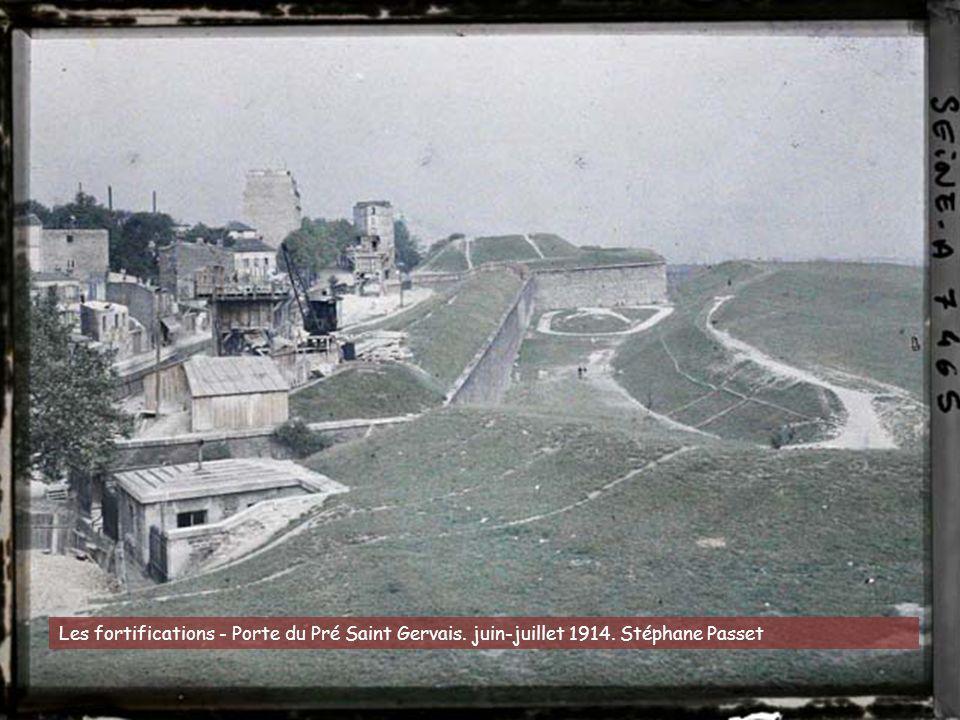 Le quai de Béthune et le pont de la Tournelle en démolition. 21 août 1920. Georges Chevalier