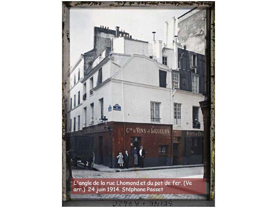Angle des rues Puget, Lepic et du boulevard de Clichy. 1914. Georges Chevalier