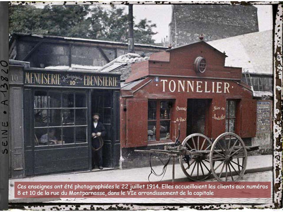 Cette famille a posé le 24 juin 1914 rue du Pot-de-Fer, dans le Ve arrondissement de Paris. Une douzaine d'opérateurs ont travaillé avec Albert Kahn.