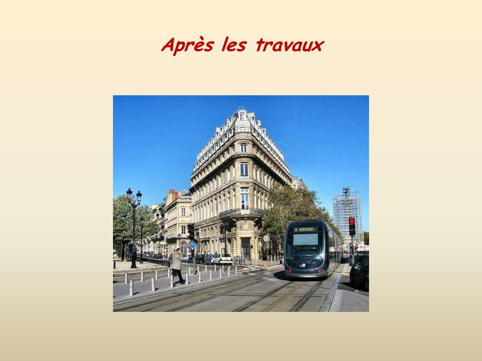 Le Miroir deau face à la Garonne