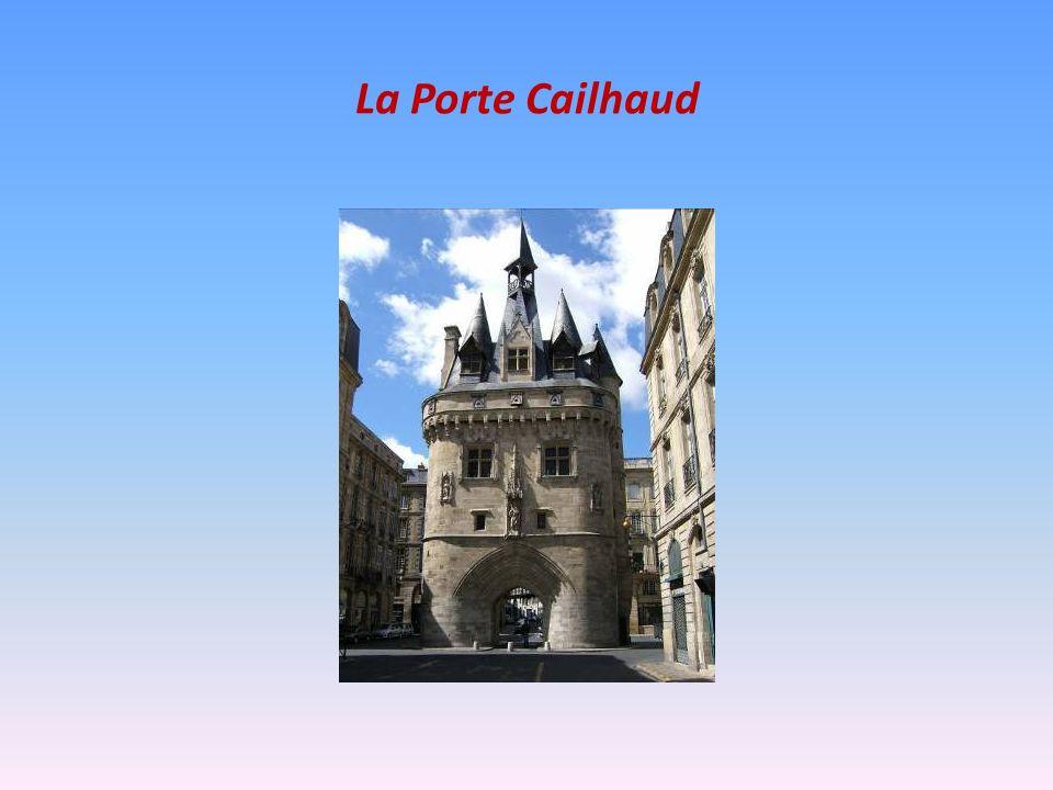 Les Pulsations de Bordeaux « On peut ignorer ses habitants, on ne peut pas ignorer la majesté soudaine de Bordeaux, lorsquà la tombée du jour, de lautre côté du fleuve, à La Bastide, son profil de clochers et de toits se découpe sur le ciel rouge, se déploie et sétire infiniment, à lombre de la haute flèche de Saint-Michel, cette flèche de pierre que les vieux Bordelais portent plantée dans le cœur, ce symbole, cette synthèse ».