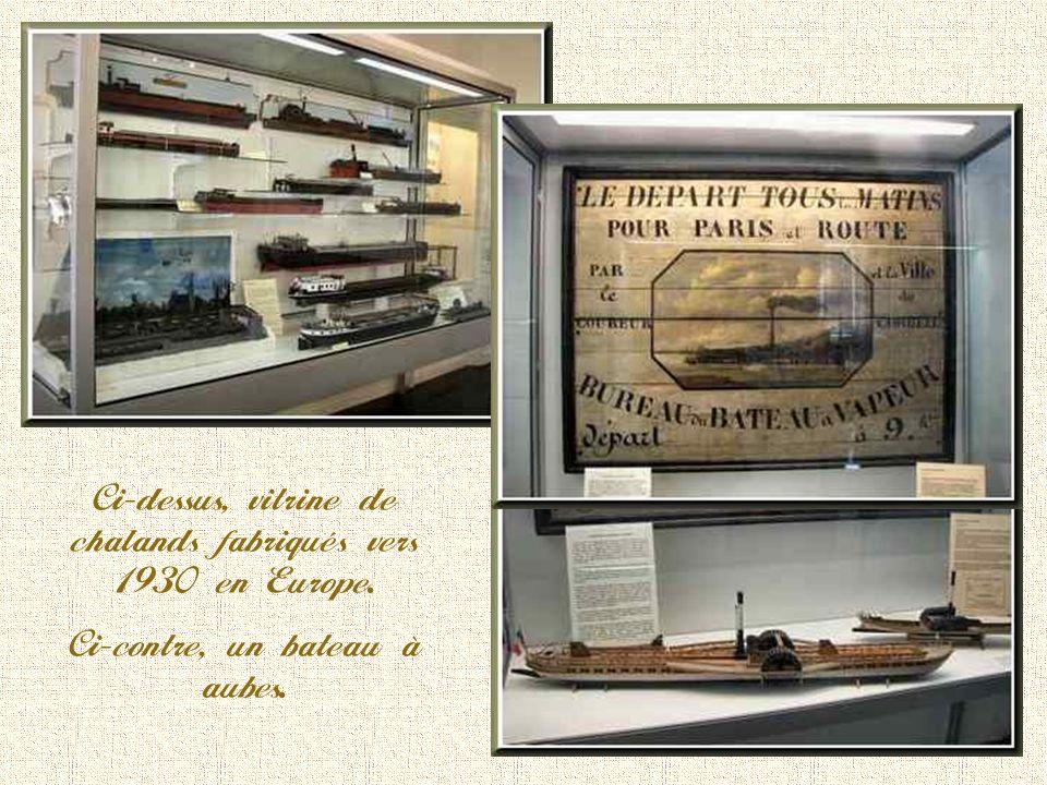 Intérieur de cabine de péniche du début de la première moitié du XX ème siècle. Le charbon était emmagasiné jusquau-dessous de lhabitat pour ne pas pe