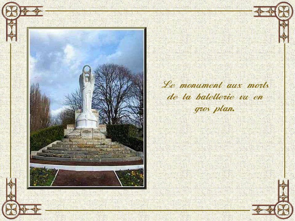 Le Confluent de la Seine et lOise, appelé Pointil. LOiseLa Seine Le monument aux morts