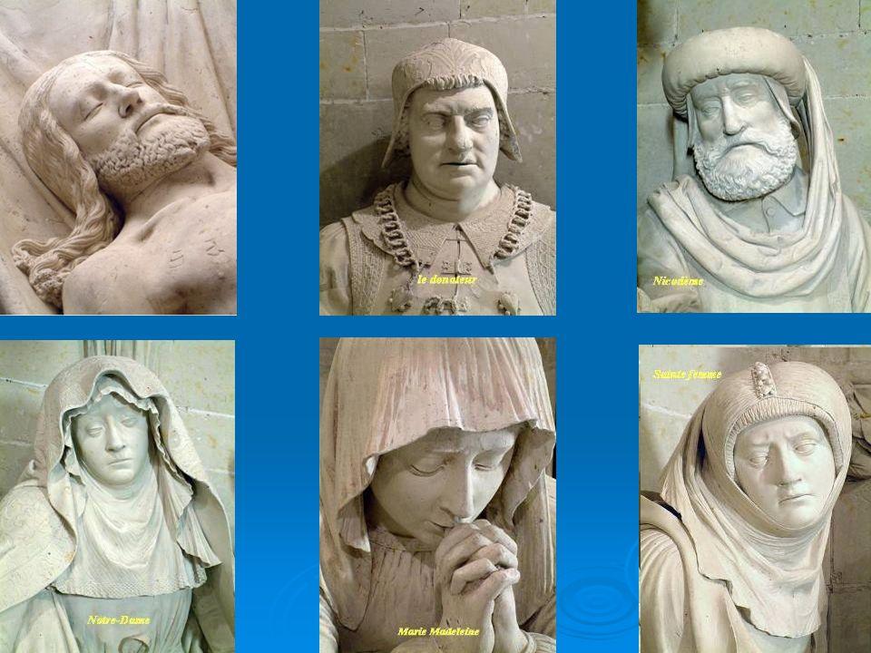 On peut y admirer Marie Madeleine assise à terre, en train de prier. Au centre, le Christ repose dans son linceul. Il est entouré de Joseph d'Arimathi