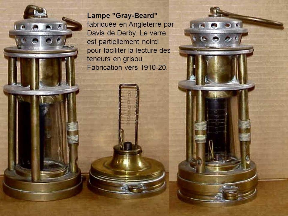Ashworth Hepplewhite- lampe-Gray, connue aussi comme lampe Gray, est l'une des premières lampes de sécurité conçus pour les mesures de grisou. La conc