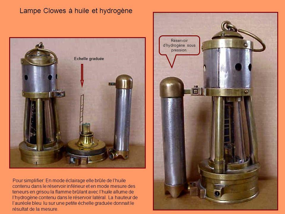 La Clowes « hydrogène Oil Lamp » devrait probablement être classées dans les Ashworth Hepplewhite-Gray, cette lampe est singulière et ingénieuse. Vers