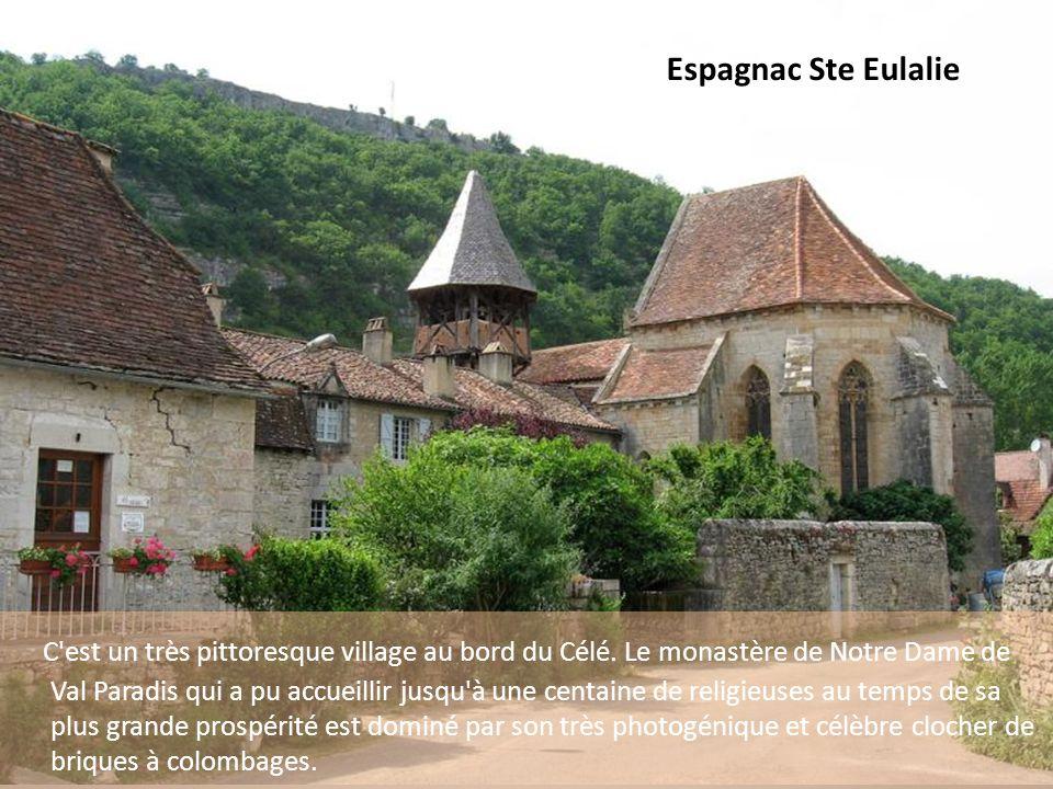 Laburgade (Photo Fidel Romero) Situé sur un plateau sec, planté de chênes truffiers, le bourg est riche en architecture de pierre ; maisons garnies de