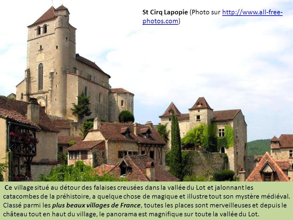 St Vincent Rive d Olt (Photo Gérard Bouysset) C est un charmant petit village qui se déploie le long du ruisseau le Bondoire et qui actionnait une série de moulins.