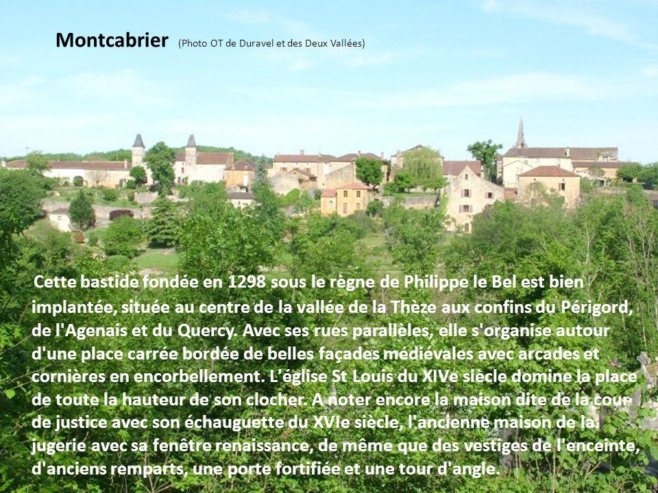 Carlucet (Photo Michel Vincendeau) C'est un village ancien installé aux confins du Pays Bourian et du parc naturel régional des Causses du Quercy. Il