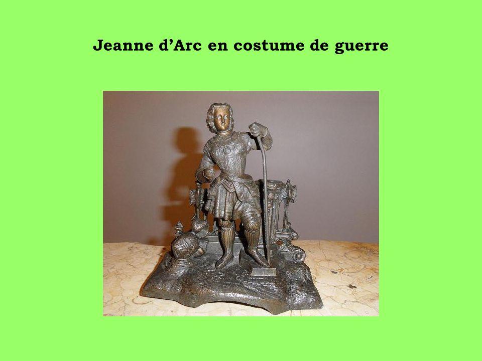 Jeanne dArc en costume de guerre