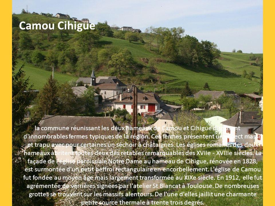 cette ancienne commanderie, fondation hospitalière sur les chemins de St Jacques, entre Béarn et Pays Basque, est aujourd'hui classée Patrimoine Mondi