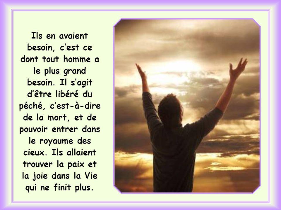 Jésus se prépare à vivre le moment tragique du calvaire pour donner aux « siens » et à tous, - en plus de ses paroles, de ses miracles et de tout ce q