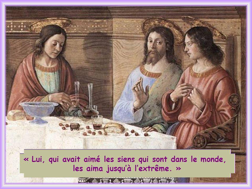 Dans les derniers moments passés avec les siens, Jésus manifeste plus explicitement lamour sans limites quil leur porte.