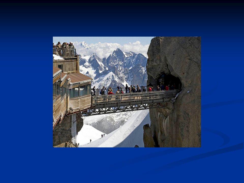 2.Pont Royal Gorge (Colorado, USA) Il est le pont suspendu le plus haut du pays.