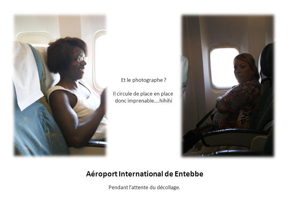 Vol de Entebbe à Kigali Paysages et nuages.