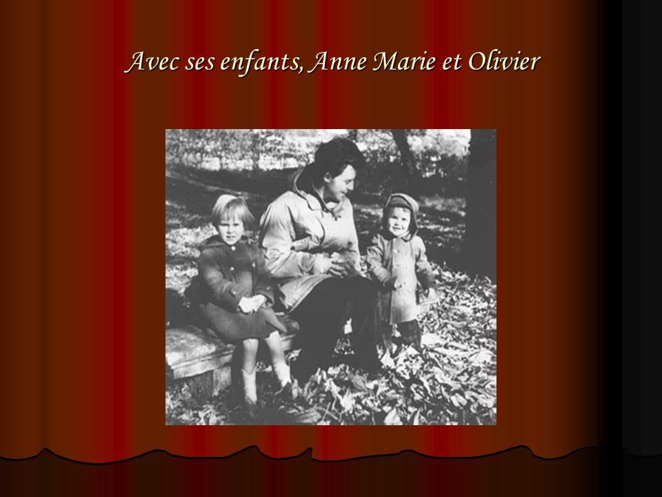Avec ses enfants, Anne Marie et Olivier