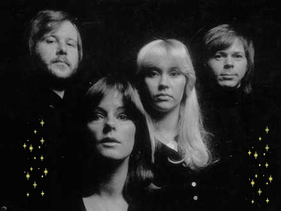 1971: Au cours de l été, Benny, Björn et Agnetha font ensemble une tournée en Suède, comme un pré-ABBA.