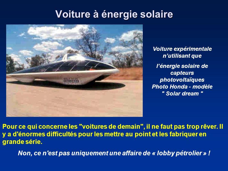 Voiture à énergie solaire Voiture expérimentale nutilisant que lénergie solaire de capteurs photovoltaïques Photo Honda - modèle