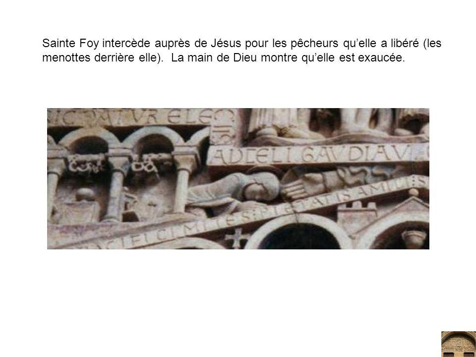 Sainte Foy intercède auprès de Jésus pour les pêcheurs quelle a libéré (les menottes derrière elle). La main de Dieu montre quelle est exaucée.