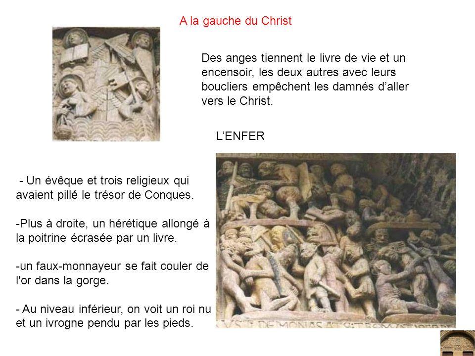 A la gauche du Christ Des anges tiennent le livre de vie et un encensoir, les deux autres avec leurs boucliers empêchent les damnés daller vers le Chr