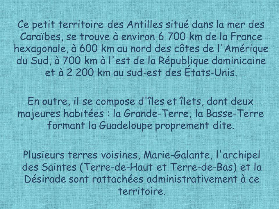 Vue sur les quais de Pointe-à-Pitre, la plus grande agglomération.