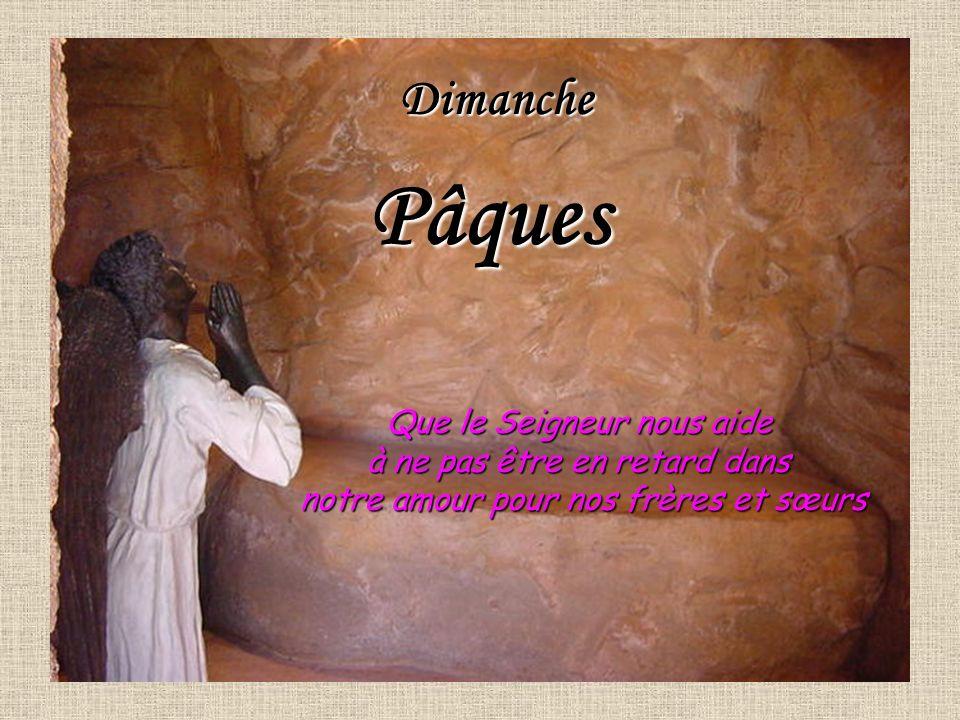 Jésus qui est venu au monde dans la pauvreté dune grotte à Bethléem est enseveli dans la pauvreté dun tombeau qui nest pas à lui.