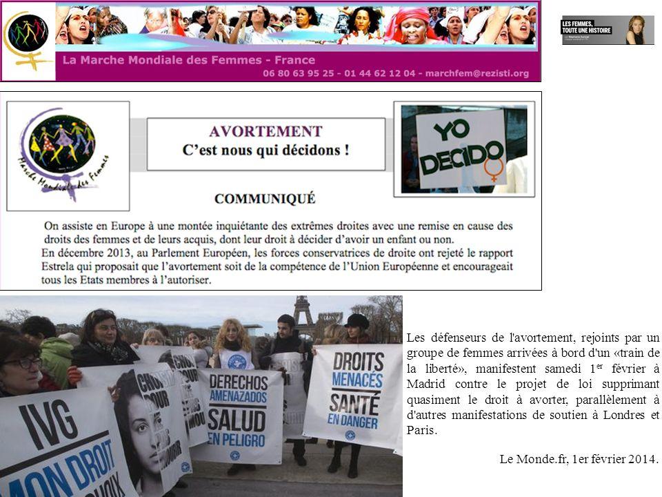 Les défenseurs de l'avortement, rejoints par un groupe de femmes arrivées à bord d'un «train de la liberté», manifestent samedi 1 er février à Madrid