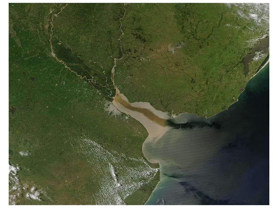TEXTE DE BASE En toute connaissance de cause, le Crédit agricole a décidé daccompagner le groupe finlandais Botnia dans son projet dusine géante de pâte à papier sur le fleuve Uruguay.