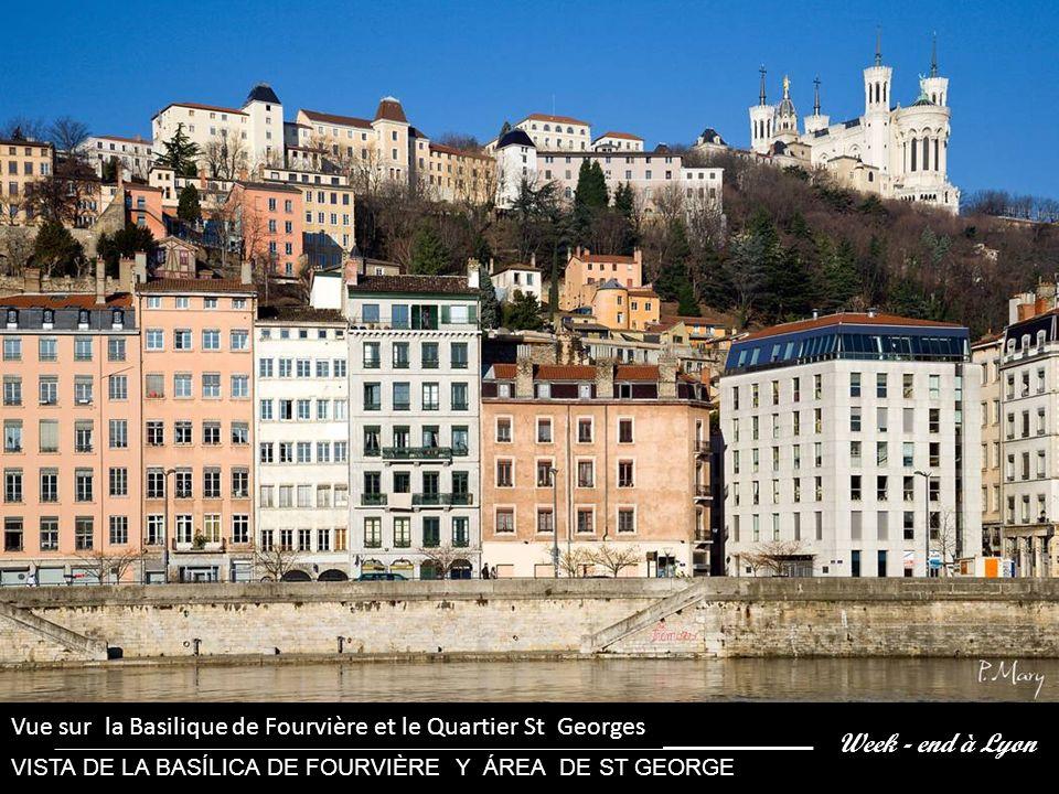Week - end à Lyon Pause déjeuner sur les quais de la Saône Almuerzo a orillas del río Saona
