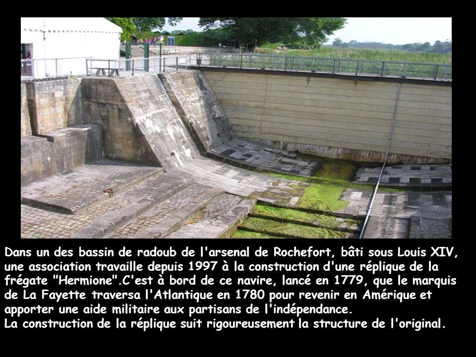 Présentation du projet :Décembre 2006 L'acte de naissance du chantier a été signé à Paris au salon nautique.