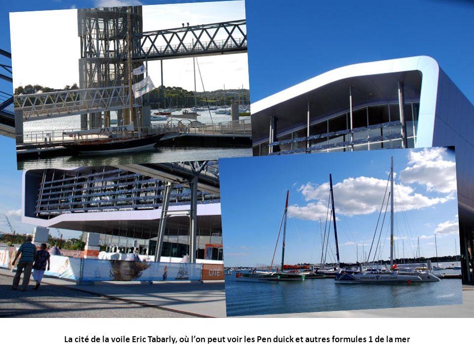La cité de la voile Eric Tabarly, où lon peut voir les Pen duick et autres formules 1 de la mer