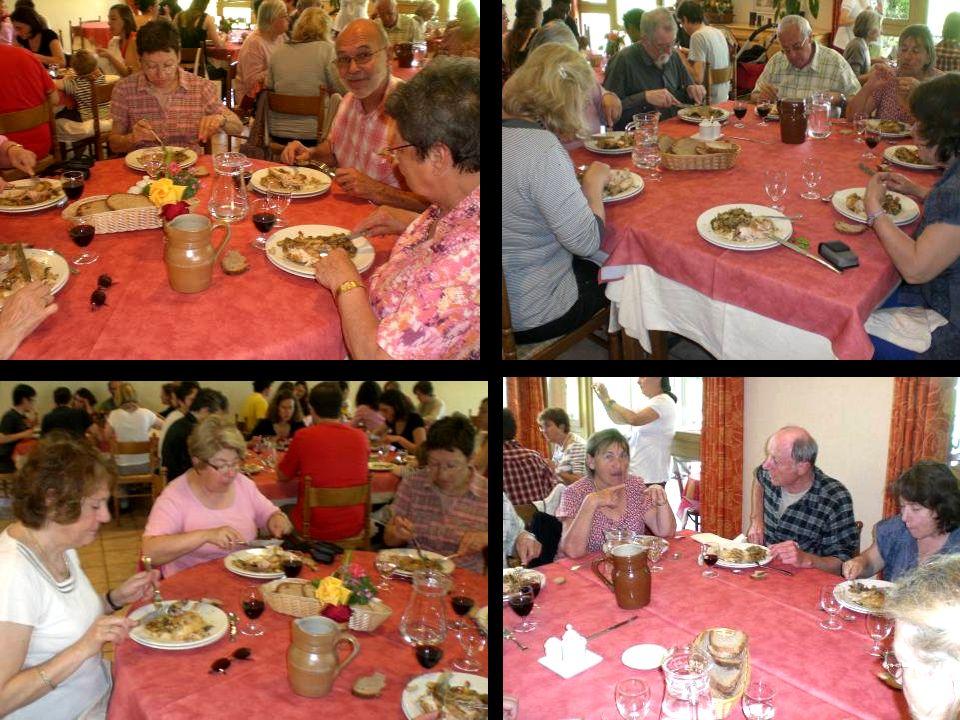 A midi, pour le repas, rendez-vous au Clos des Capucins, sur le site de notre Congrès de Savoie en 2008.