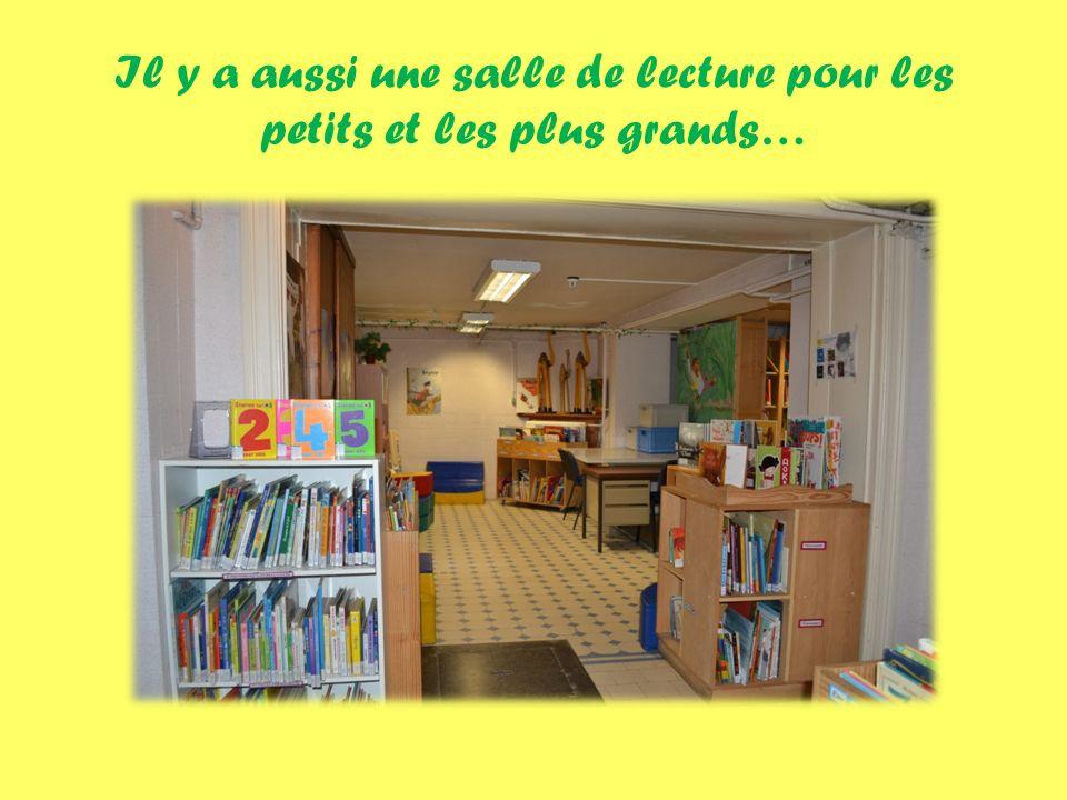 Il y a aussi une salle de lecture pour les petits et les plus grands…
