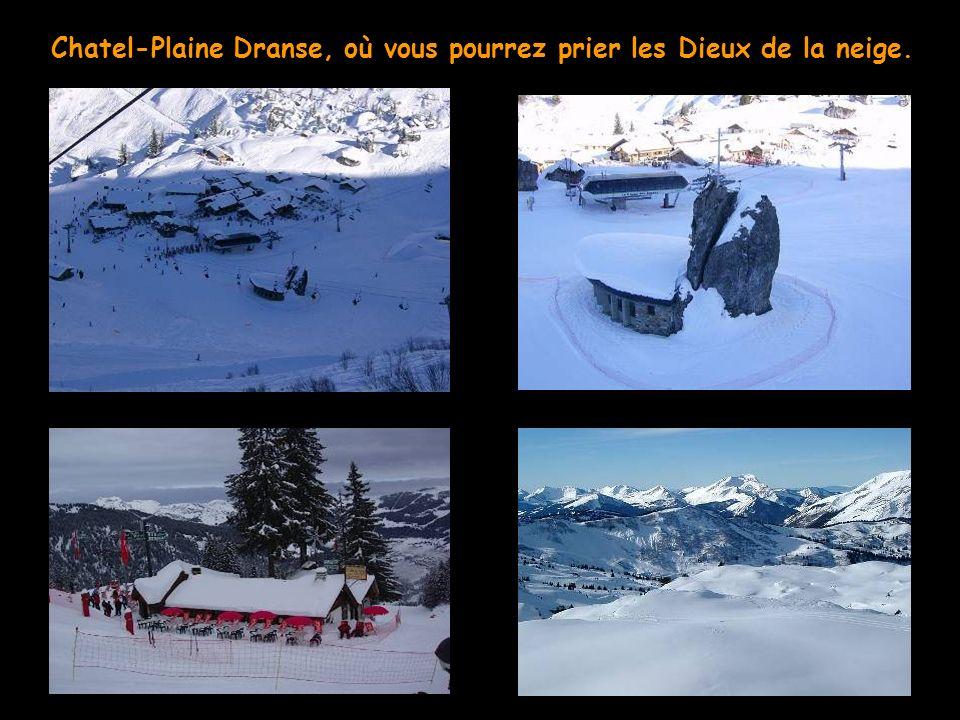 Les Gets, et sa vue imprenable sur le Mont Blanc (photo prise de la table de notre restaurant à midi)