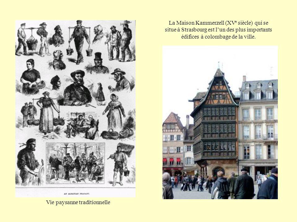 La Maison Kammerzell (XV e siècle) qui se situe à Strasbourg est lun des plus importants édifices à colombage de la ville.