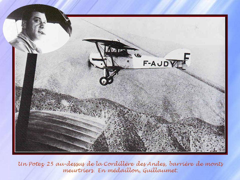 Henri Guillaumet (1902-1940) obtient son brevet de pilote en Octobre 1921. Il sengage dans larmée de lair afin de poursuivre son rêve. Après sa format