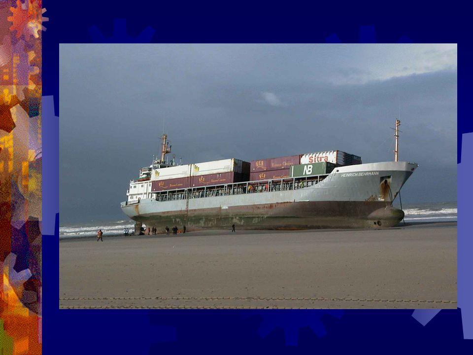 Après ce deuxième bateau, on ma dit de prendre le bord, jai changé de spécialité, je suis donc passé navigateur sur un bateau ….