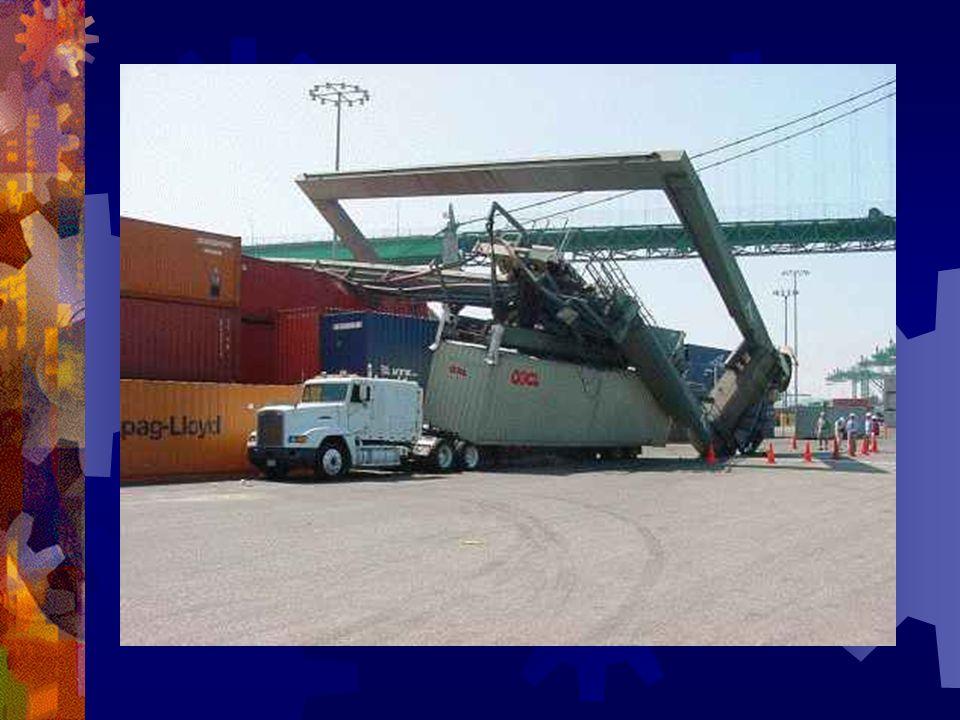 Étant donné que javais unpeu dexpérience, jai travaillé sur une grue dans un port …