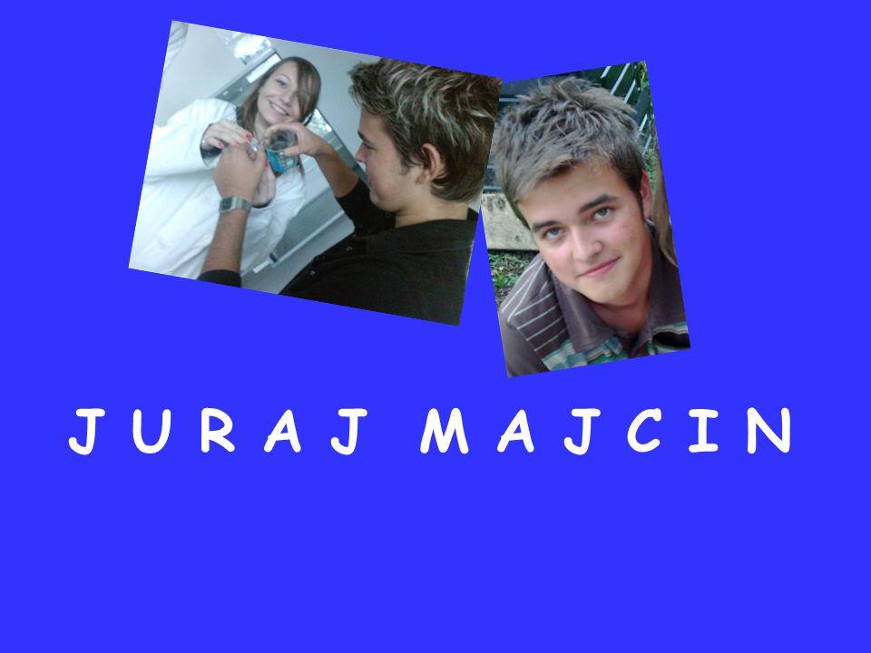 Je m´appelle Juraj Majcin.J´ai 16 ans. J´habite à Belá pres de Žilina.